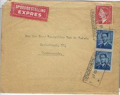 Boudewijn  Nr. 926  Boudewijn 4 Fr In Vertikaal Paar,  Zegels Met Blauwe Randen.  Spoedbestelling 1953  Dendermonde - Belgium