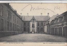 AALST / BINNENPLEIN VAN HET STADHUIS / COUR DE L HOTEL DE VILLE  1906 - Aalst