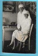 CARTE-PHOTO---SANTE---Infirmières Religieuse---voir 2 Scans - Salute