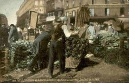 FRANCE  - Paris - Un Coin Des Halles - Les Forts De La Halle - L 66495 - Petits Métiers à Paris