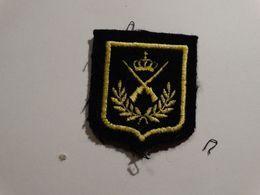 Insigne Armée Belge- Tireur Expert. - Scudetti In Tela