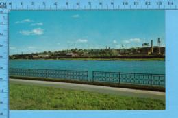 Postcard - Quebec -Sherbrooke Riviere Magog Et Carteir Industriel- Canada - Sherbrooke