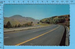 Postcard - Quebec -Autoroute Des Cantons De L'est Près Du Mont Orford - Canada - Unclassified