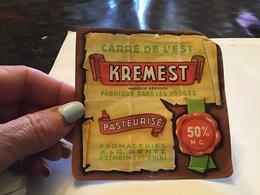 Carré De L Est Kremest  Fabriqué Dans Les Vosges Fromageries  Rentz Ostheim - Fromage