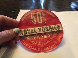 Royal Vosgien Fabriqué Dans Les Vosges Thaon Les Vosges - Fromage