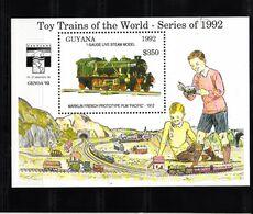 Trein, Train, Locomotive, Eisenbahn   Guyana 1992 Mi Nr Blok 217 Toy Trains Of The World - Trains