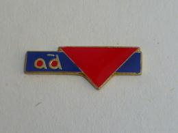 Pin's RESEAU AD PRO - Badges