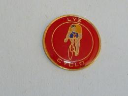 Pin's CLUB CYCLISTE, LYS CYCLO - Ciclismo