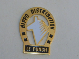 Pin's LE PUNCH, HIPPO DISTRIBUTION - Dieren
