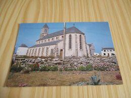 Ile De Sein (29).Le Kestell - L'église. - Ile De Sein