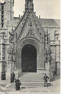 Carte Postale - CPA N°878 FINISTERE - LANDIVISIAU - Le Porche De L'Eglise. - Landivisiau