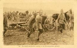 AK 1.WK Maschinengewehre Werden In Schützengräben In Stellung Gebracht  (1494 - Militaria