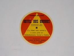 Cx13 CC21) Portugal HOTEL DOS BANHOS Termas Do Luso Etiquette Hotel Label Diam. 9,5cm - Etiketten Van Hotels