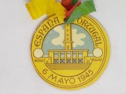 Cx13 CC 22) FOOTBALL Inauguracion Estádio Municipal De Riazor LA Coruna ESPAÑA - PORTUGAL 6.5.1945 Diam 4,3cm RARO - Calcio