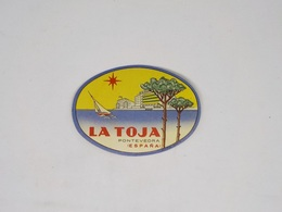 Cx13 CC34) España Spain LA TOJA Pontevedra Etiquette Hotel Label Diam. 6,5x9cm - Etiketten Van Hotels