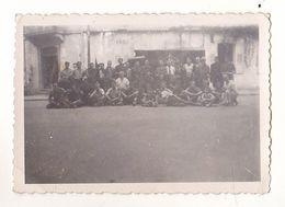 PHOTO  9 X 6 CORPS FRANCS D'ALLOBROGE   AOUT 1944  TROUPE DE FRANCS TIREURS  REGION DE HAUTE SAVOIE  VOIR VERSO - Oorlog, Militair