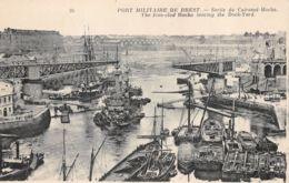 Brest (29) - Port Militaire - Sortie Du Cuirassé Hoche - Brest