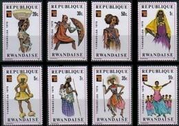 Rwanda Ruanda 1975 OCBn° 704-711 *** MNH Cote 4,25 Euro Folklore Et Costumes - Rwanda