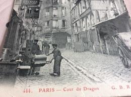 PARIS 10. Cour Du Dragon Étameur.  Chaudronnier A - Petits Métiers à Paris