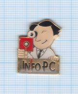 Pin's Médias Presse Info PC - Media