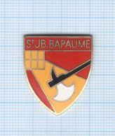 Pin's St JB Bapaume Emblème Collège Privé – 62 Pas De Calais - Administraties