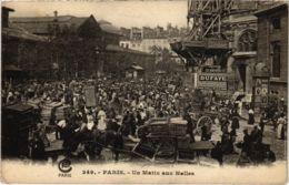 CPA PARIS 1e - Un Matin Aux Halles (81415) - Petits Métiers à Paris