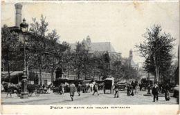 CPA PARIS 1e - Un Matin Aux Halles Centrales (81423) - Petits Métiers à Paris