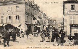 D88 SAINT DIÉ DES VOSGES  La Rue Thiers Un Jour De Marché - France