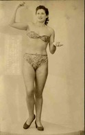 FRANCE - Carte Postale Photo - Femme En Tenue De Maillot De Bain - L 66869 - Moda