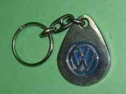"TC28 / Porte Clefs /  ""  Volkswagen   "" - Porte-clefs"