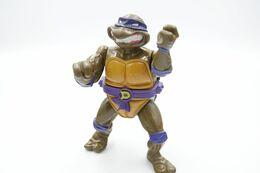Vintage TEENAGE MUTANT NINJA TURTLE : Donatello With Storage Shell - Playmates - TNMT - 1990's - Beeldjes