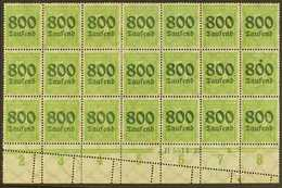 1923 PERFORATION ERROR.  800tsd On 5pf Apple Green (Michel 301, SG 294), Mint Lower Marginal BLOCK Of 21 (7x3) With Han  - Allemagne