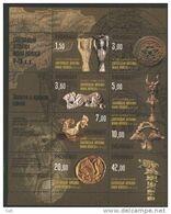 Kyrgyzstan 2003 2 Liszt + 1blok Archaeology Gold And Bronze Sakov - Préhistoire