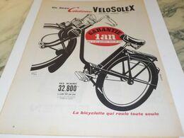 ANCIENNE PUBLICITE UN BEAU CADEAU VELOSOLEX 1958 - Advertising