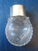 Miniature De Parfum Ancien - Coeur Joie De Nina Ricci   (vide) - Vintage Miniatures (until 1960)