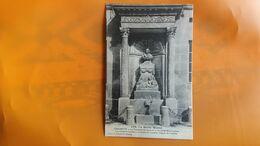 Chaumont - La Fontaine Du Lycee Et Le Buste De Bouchardon - Chaumont