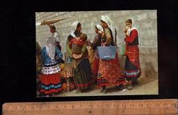 MAZANDERAN Mazandaran IRAN :  Women And Child In Local Costume Woman Dress  Femme Iranienne En Robe Locale - Iran