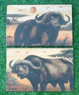 Paire De Tableaux Contemporains  Peinture De Sable Sur Panneau Bois  Buffles D' Afrique  Signé Dm3 (Demba Mbengue) - Autres Collections