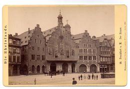 Allemagne -- FRANKFURT A.Main --1884--Der RÖMER--Hotel De Ville  --animée --PHOTO  17cm  X 11cm  Sophus Williams - Frankfurt A. Main