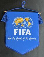 FOOTBALL / SOCCER / FUTBOL / CALCIO - FIFA PENNANT, D 13 X 11 Cm - Abbigliamento, Souvenirs & Varie