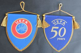 FOOTBALL / SOCCER / FUTBOL / CALCIO - UEFA  PENNANT 2 PCS, D 11 X 9 Cm - Abbigliamento, Souvenirs & Varie
