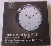 Horloge Murale De Gare Analogique - Horloges