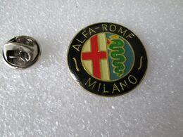 PIN'S     ALFA ROMEO  MILANO  26mm - Alfa Romeo