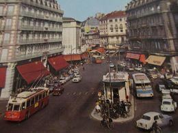 Plan Intéressant Sur Des Bus/Autobus/Autocars électrique, Station à Grenoble - Busse & Reisebusse