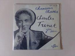 "45 T Charles Trenet "" Nationale 7 + En Attendant Ma Belle + A La Porte Du Garage + J'ai Mordu Dans Le Fruit "" - Other - French Music"