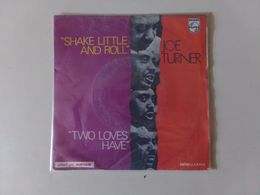 """45 T Joe Turner """" Shake Little And Roll + Two Loves Have """" - Disco & Pop"""