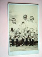 PHOTO CDV + 3 FRERES JOUET CERCEAU  MODE  Anonyme - Ancianas (antes De 1900)