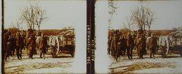 Plaque De Verre Stéréoscopique Positive - Première Guerre Mondiale - Aisne - Prisonniers Allemands En 1917 - Diapositivas De Vidrio