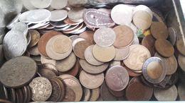 Beau Lot Monnaies Du Monde + Banknote Neuf - XX° Siècle - Bronze, Cuivre-nickel,Alu,étain Très Bon état - Lots & Kiloware - Coins