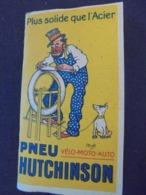 TABACS , OFFERT PAR PNEU HUTCHINSON , DESSIN DE MICH -  PETIT CARNET DE PAPIER A CIGARETTES - Tobacco (related)